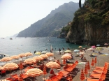 Arienzo Beach - the private and public parts