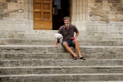 Graeme and Daisy on church steps in Castellina in Chianti