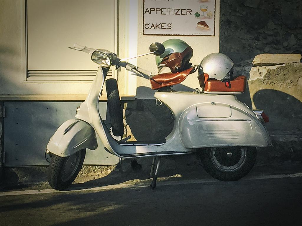 Vintage Vespa Photos 29