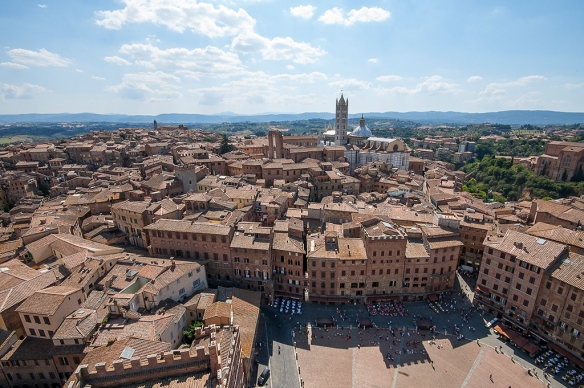 siena-and-duomo-from-torre-wide