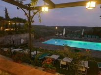 Relais Vignale in the evening